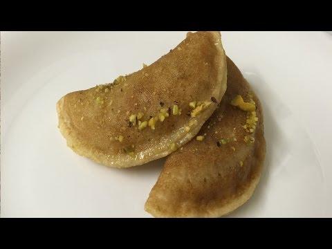 How To Make Atayef With Walnut - طريقة تحضير القطايف بالجوز by EasyLife