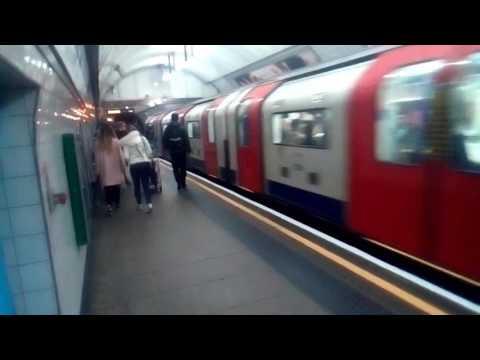 Victoria line Ariving @Kingscross