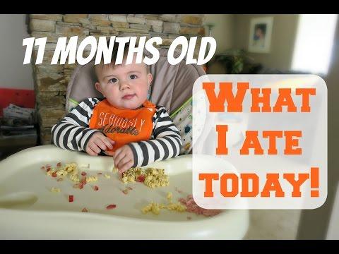 FEEDING MY 11 MONTH OLD