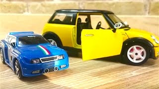 Coches - Coches de carreras para niños - Tayo el Pequeño Autobús de juguete - Speedy y Bussy