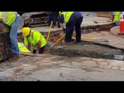 Team Work, Road Construction, How to build a traffic controlling Intersection