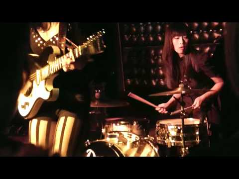 Dum Dum Girls - It Only Takes One Night @ the Casbah - San Diego