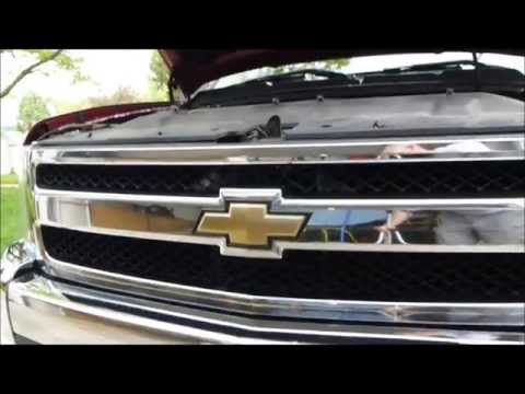 How to remove and install the Grill on a 2007 - 2013 07-13 Chevrolet Silverado