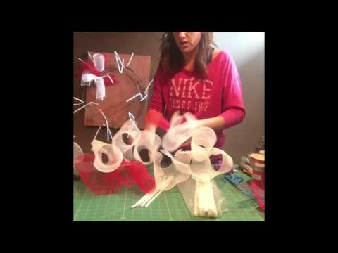 How To Make a Simple Deco Mesh Wreath