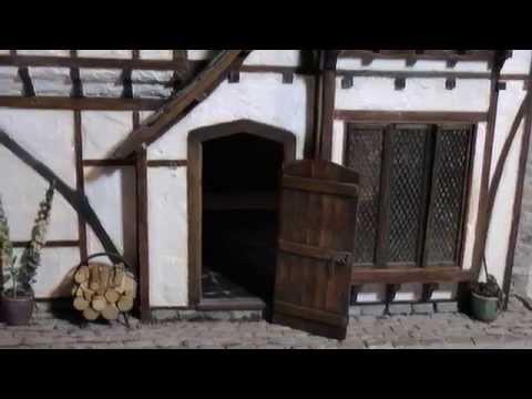 Tudor (Miniature)