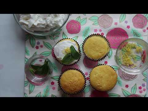 7Up Cupcakes with Girly 7Up Cocktail