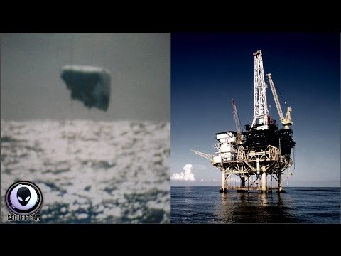 MASSIVE Underwater UFO Sighted Off Gulf Coast 3/29/17