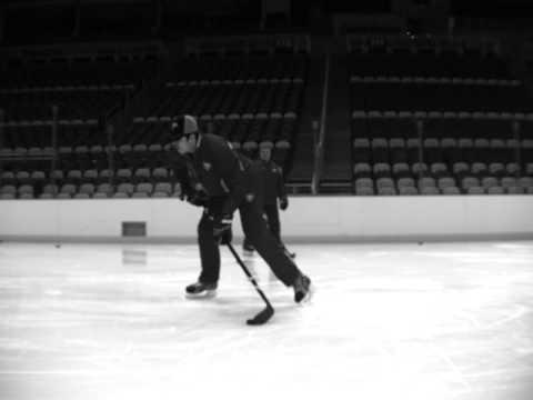Evgeni Malkin Base hockey stick demo - wrist shot