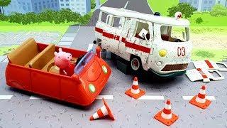 Download Мультики для детей с игрушками свинка Пеппа новые серии - Вправо влево! Видео про Скорую помощь Джип Video