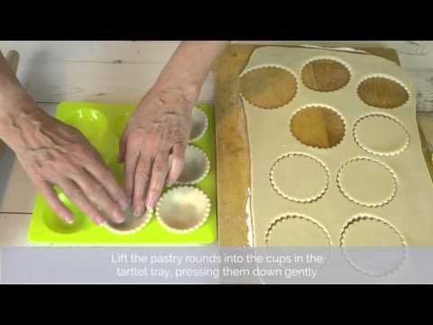 Bake Club presents: How to line a tartlet tray with pastry