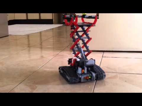 Lego 8294 Alternative Model....Fully Motorized Scissor Lift