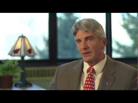 Welcome to the UW School of Veterinary Medicine with Dean Mark D. Markel