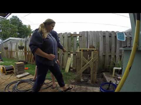 rain barrel stand build