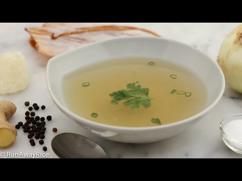 How to Make Rich and Flavorful Pork Stock (Nuoc Leo)