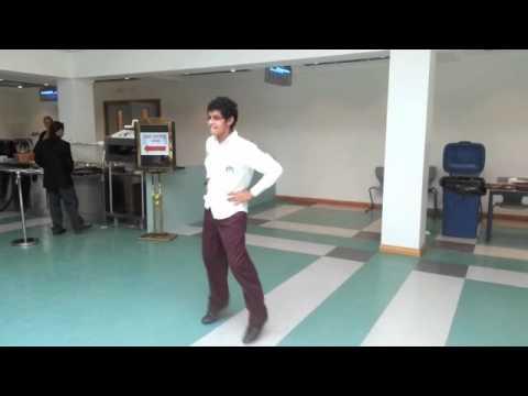Oppa gangnam dance cafeteria