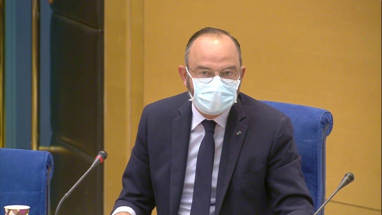 """Covid-19: """"Avant janvier, personne ne me parle de masques"""" explique Edouard Philippe"""