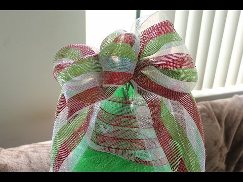 How to Make a Deco Mesh Bow-  Easiest Bow Ever - Christmas Tree Topper - Wreath