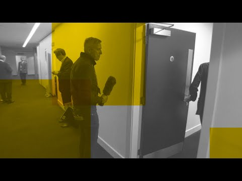 Lord Ashcroft hides in toilets to avoid questions on tax