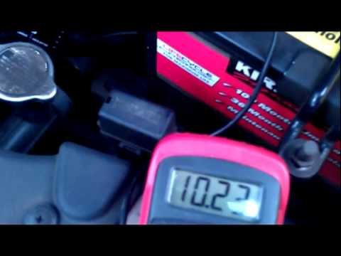 Checking Your Alternator and Battery Voltage