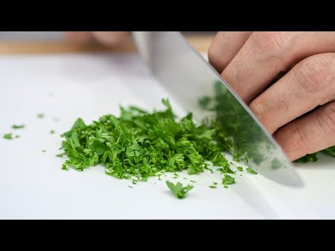 How to Chop Parsley Like a Real Chef
