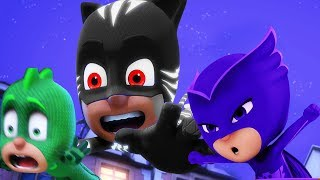Superheroes in Action! | PJ Masks Official