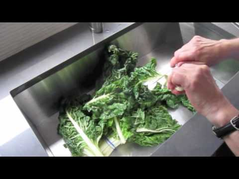 Swiss Chard Burger - How to easily cut the leaves off of the stems