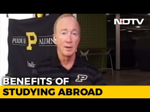 Study Abroad: How To Choose The Right Course And College