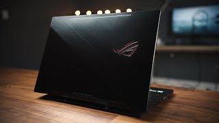 ASUS GM501 Zephyrus M // Insanely Fast & Thin as a MacBook Pro!