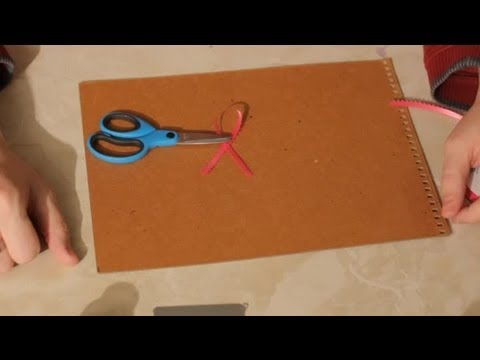 How to Make Easy Crafts for Pink Ribbon Breast Cancer Awareness : Easy Crafts