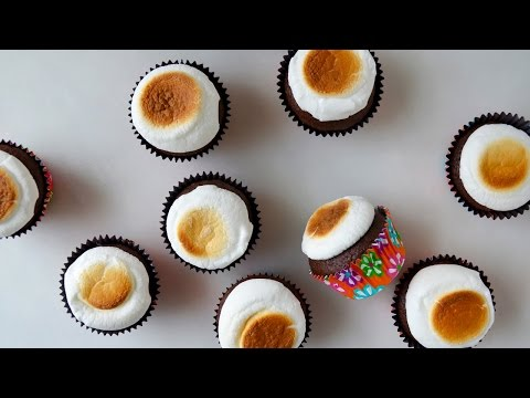 5-Minute Marshmallow Frosting