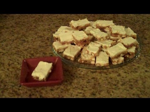 White Chocolate Chip Cookie Bars - Lynn's Recipes