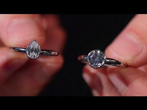Picking a setting option for an engagement ring | A guide to engagement rings