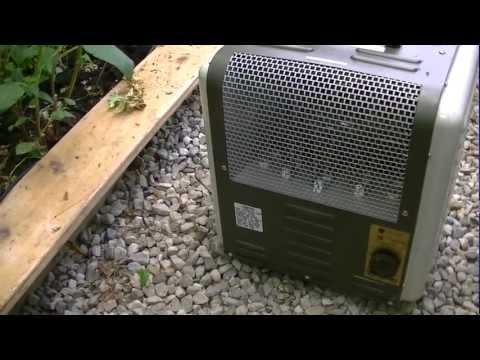 Backyard Greenhouse Heating in Winter  (2)