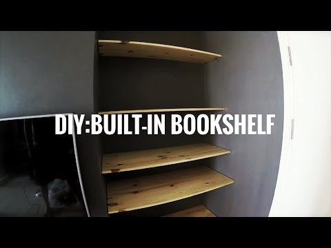 DIY. Built-in Bookshelf