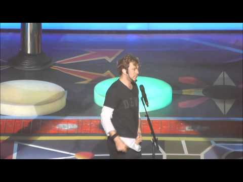 McBusted - James' Microphone/MJ moves - Brighton 07/04/15