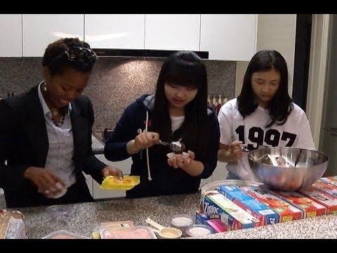 AFN Korea - AFN Korea Update - Students make cookies for homeless