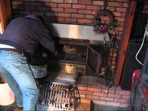How to clean fireplace insert removing ashes without making a mess easily quickly