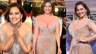 Sonakshi Sinha's H0T & Gorgeous Look In Golden @Streax Proffessional Collection RetroRemix Launch