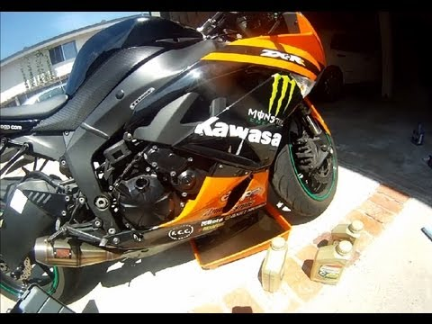 How to Change Motorcycle Oil and Filter in LESS than 15 MIN || 2009 Kawasaki Ninja ZX6R