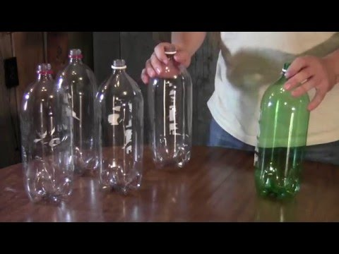 How to make a broom from soda bottles