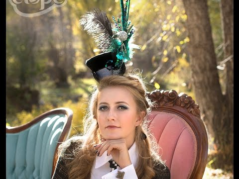 DIY How to make your own Alice in Wonderland-inspired tea party cocktail hat
