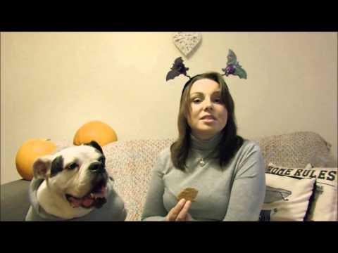 Trick Paw Treat // Homemade Halloween Dog Treats
