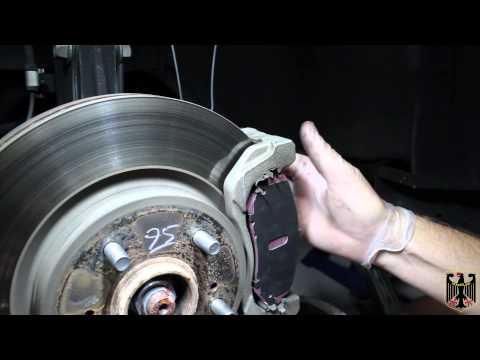 2006-2013 Suzuki Grand Vitara (Escudo) Brake Pad Replacement