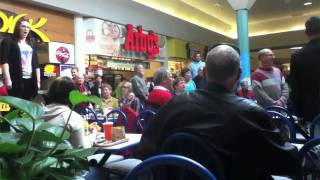 Christmas Food Court Flash Mob, Hallelujah Chorus - Must See!