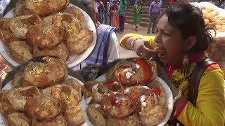 Indian People Eating Delicious Gol Gappa (Pani Puri/Puchka) | Best Street Food In India/Kolkata