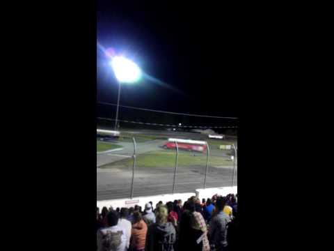 School Bus Figure 8 Race - Auto City Speedway