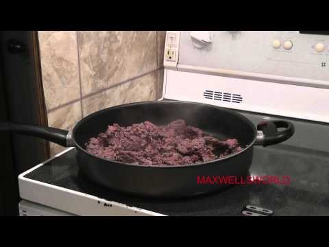 COOKING WITH THE MAXWELL HAMBURGER HELPER BEEF NOODLE. maxwellsworld