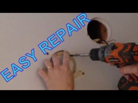 Cutting a circular hole in drywall and repairing