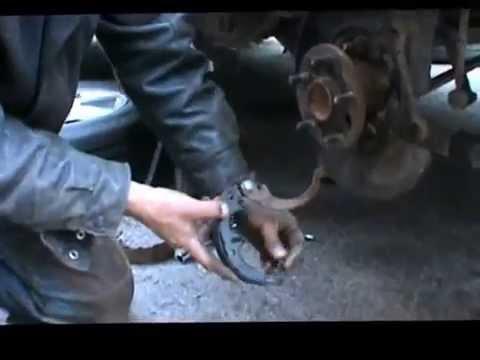 2000 Toyota Avalon parking brake shoe assembly replace