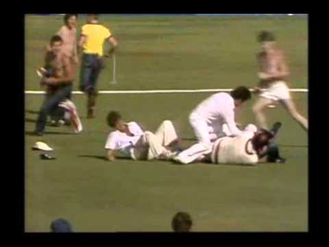 VIOLENT DISGUSTING CRICKET FANS- broken shoulder incident 1982 Perth, Terry Alderman